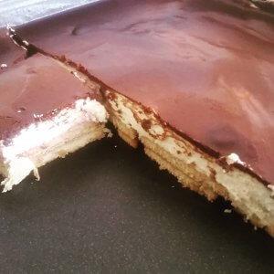 מתכון לעוגת ביסקווטים - עוגת בסקוויטים משודרגת וקלה להכנה