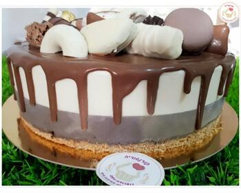 סדנת עוגות מוס - עוגת מוס עגולה עם מרשמלו והפתעות למעלה